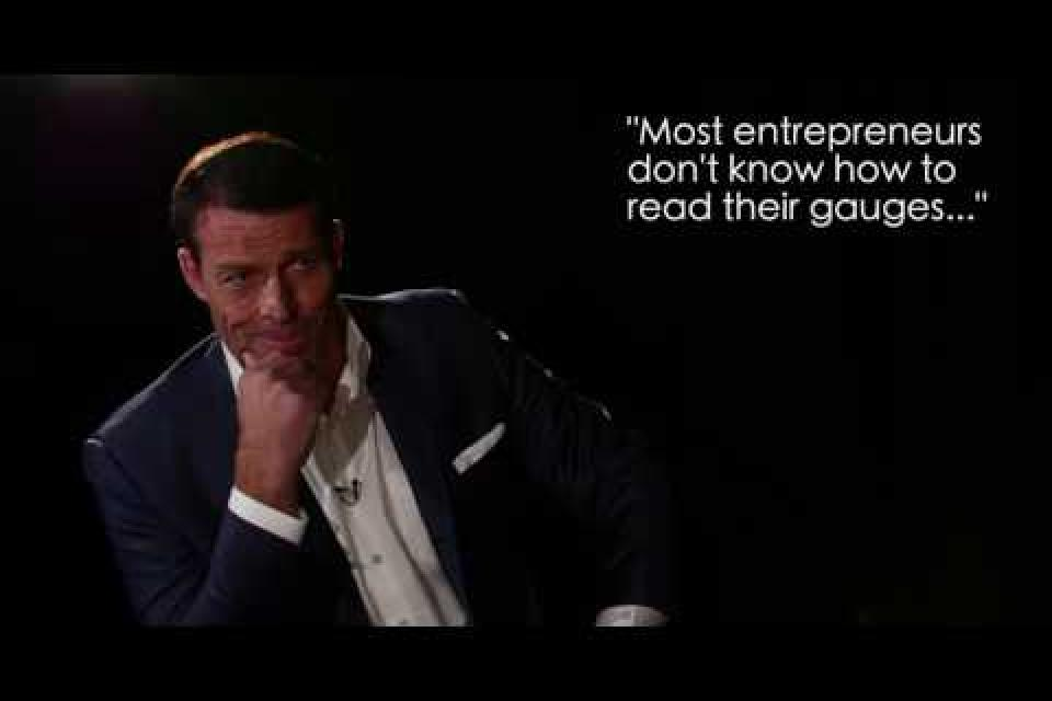 <div class='homepage-block-latest-news'>Advice for Entrepreneurs with Tony Robbins</div>